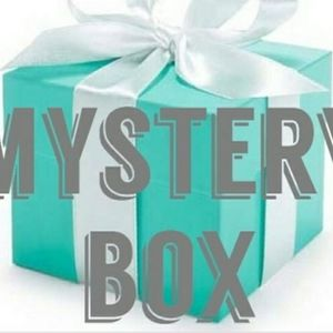 Beauty and accessoires mystery box 🎉🎉